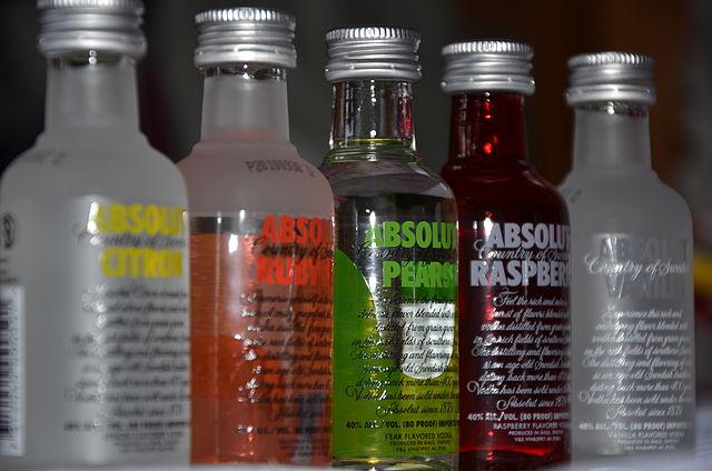 640px-Absolut_vodka_bottles